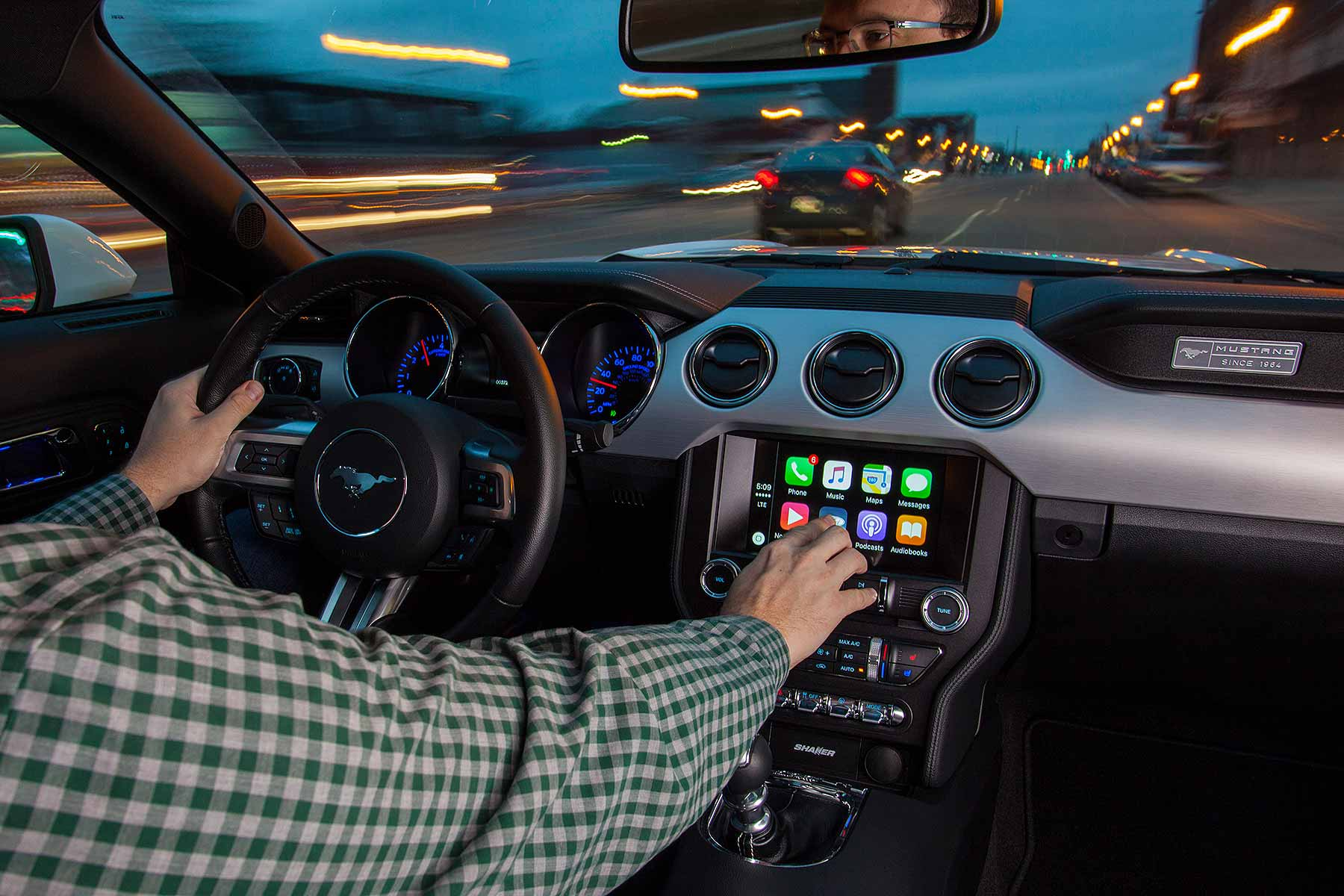 ces 2016 ford sync gets apple carplay android auto at last motoring research. Black Bedroom Furniture Sets. Home Design Ideas