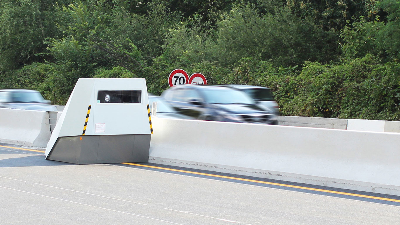 Vitronic autonomous speed camera