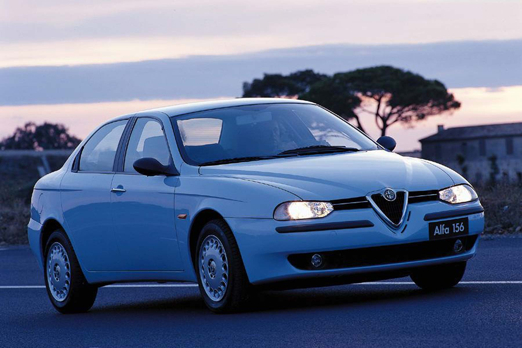 alfa romeo 156 motoring researchmotoring research. Black Bedroom Furniture Sets. Home Design Ideas