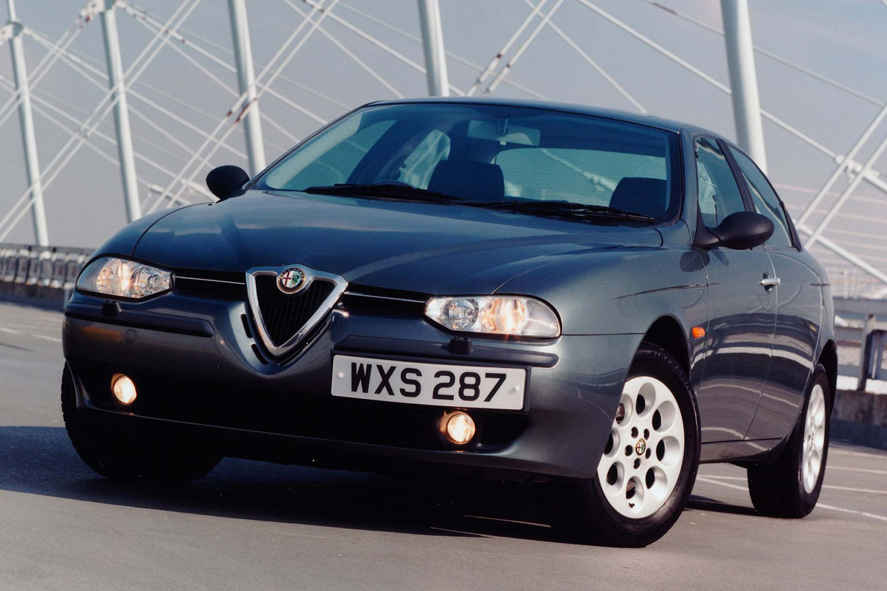 Great Motoring Disasters: Alfa Romeo 156
