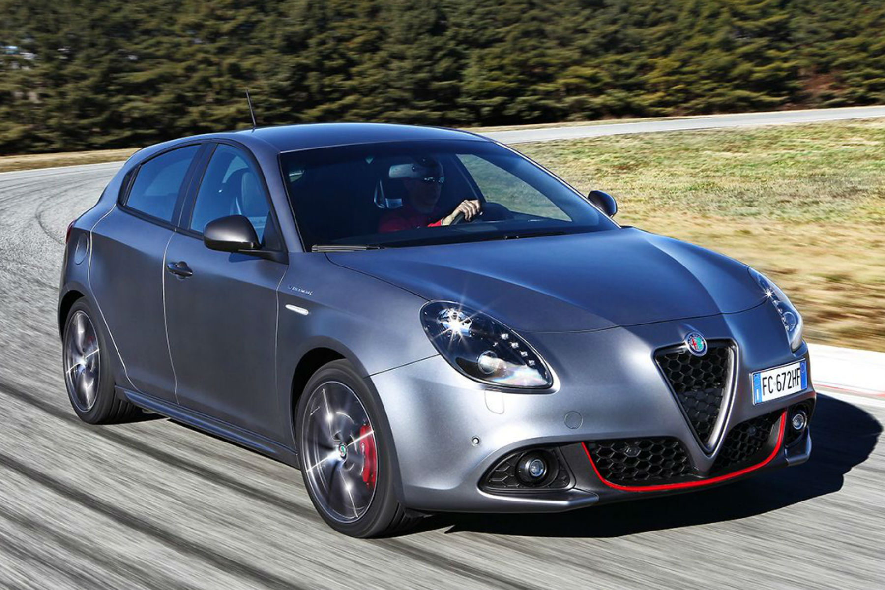Spot the difference: Alfa Romeo Giulietta facelift | Motoring Research