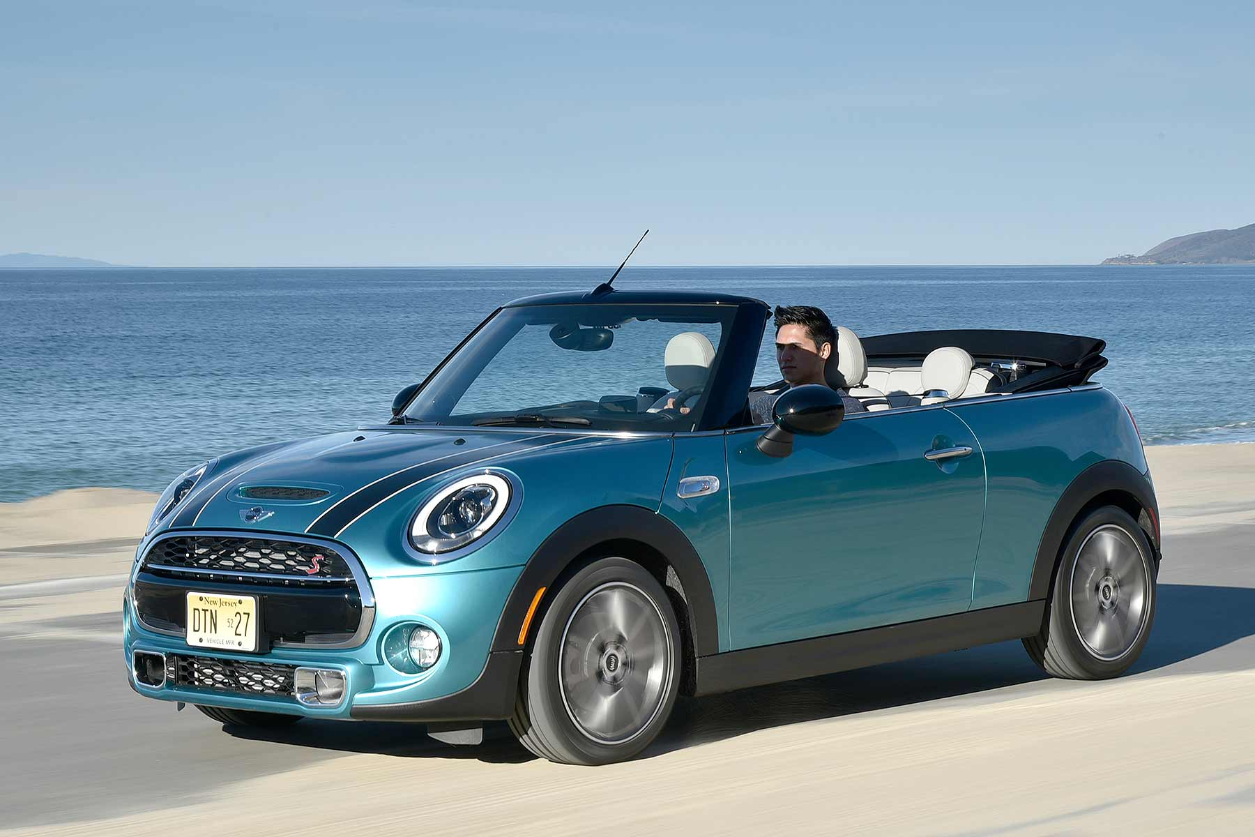 Innovative Now Theres An Allnew MINI Convertible That Promises Both To
