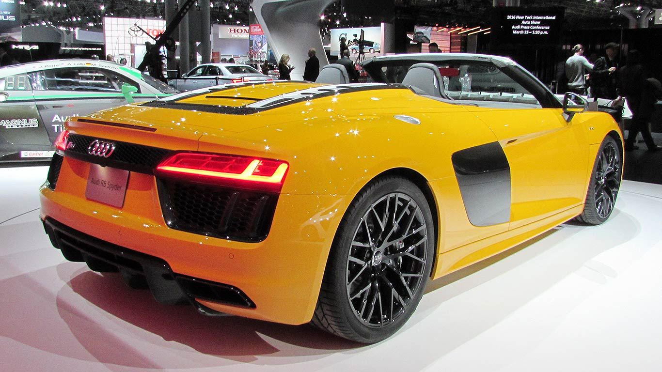 2016 audi r8 spyder motoring research. Black Bedroom Furniture Sets. Home Design Ideas