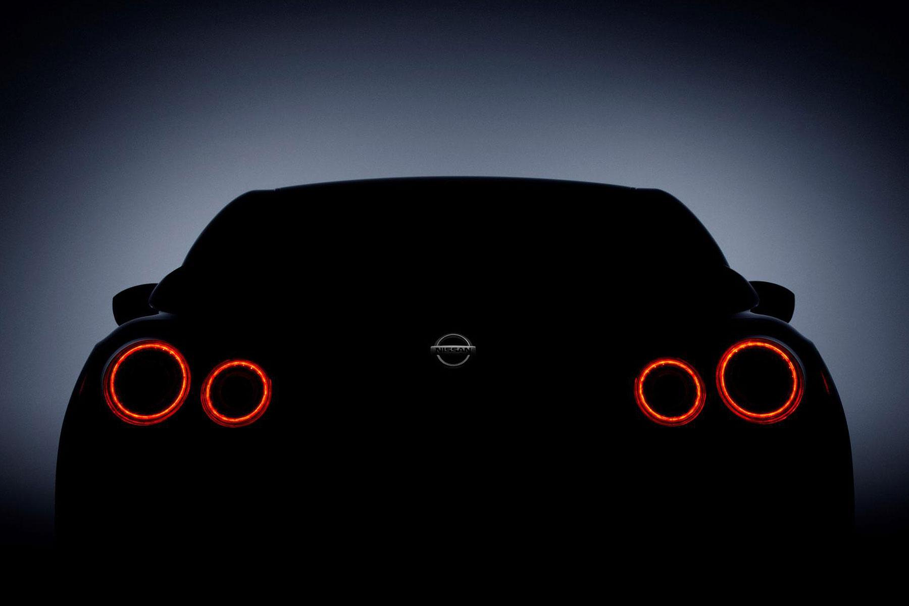 Nissan GT-R 2017 NYIAS teaser