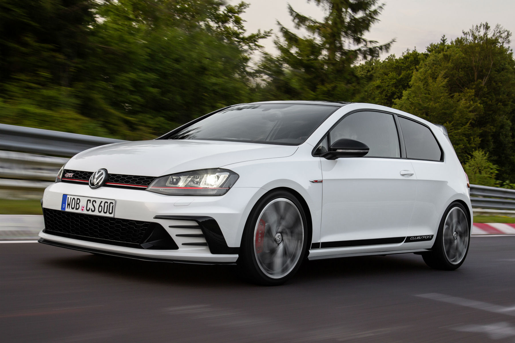 Hot VW Golf GTI Clubsport to start at £30,875