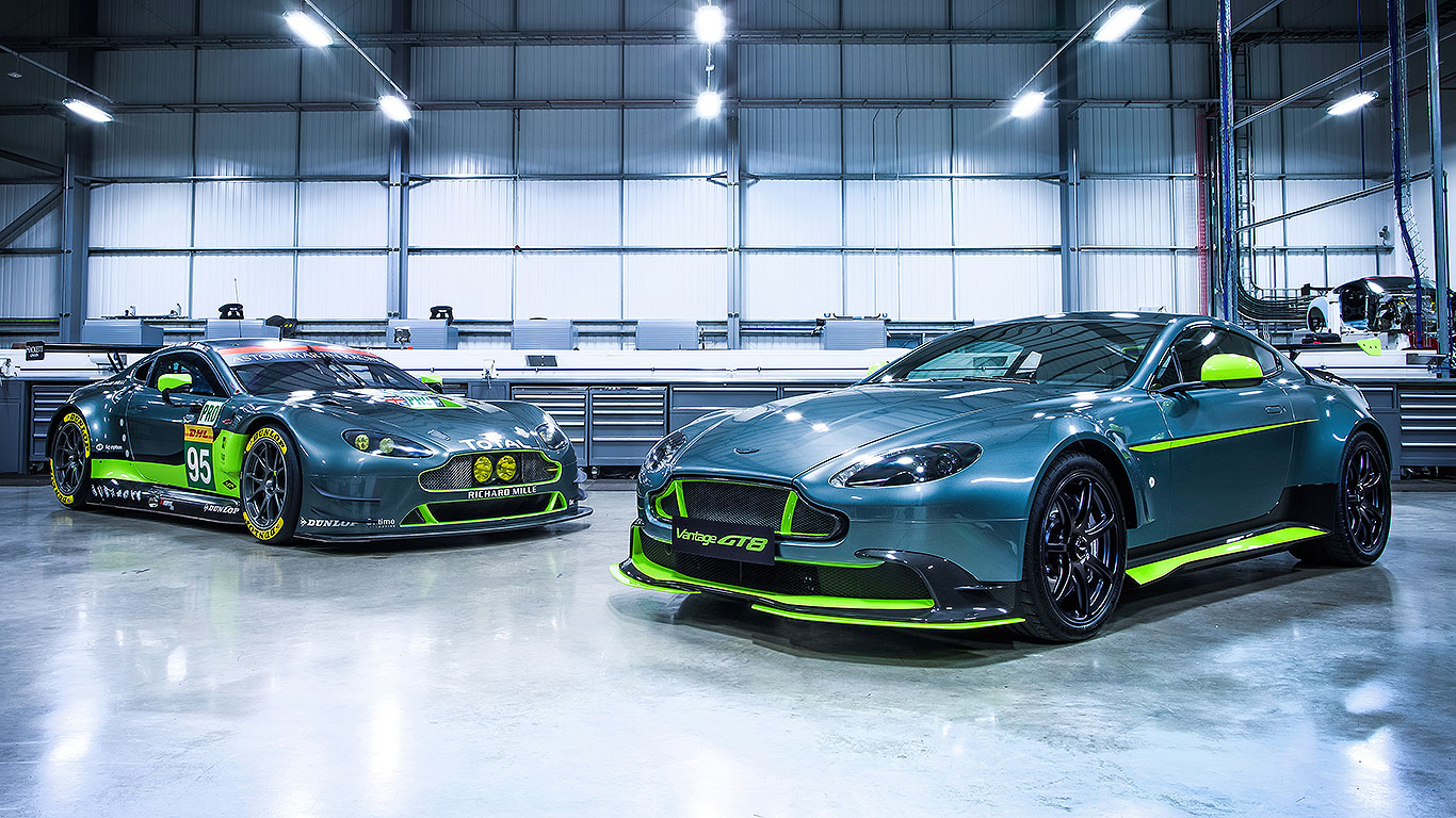 Aston Martin Vantage Gt8 Aston S Racing Car For The Road Motoring