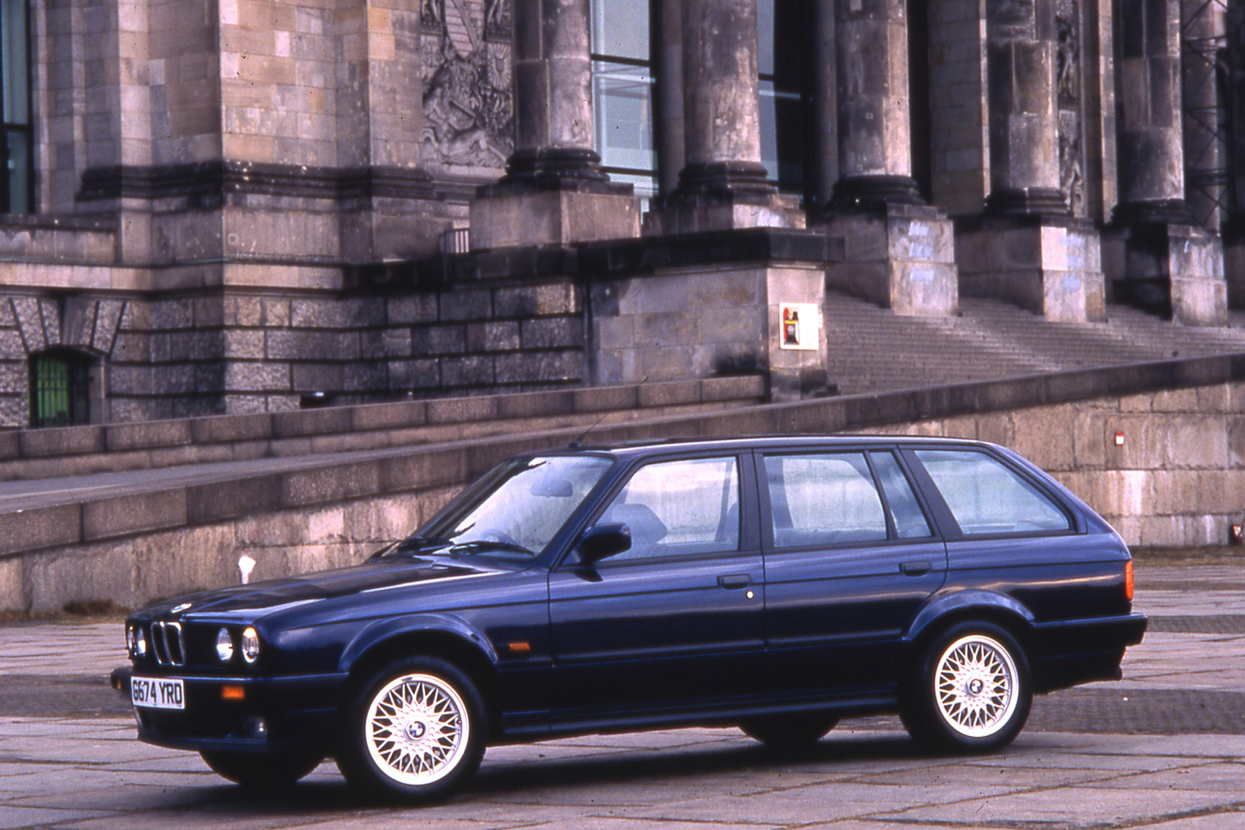 Mercedes-Benz 190E: what are its rivals?