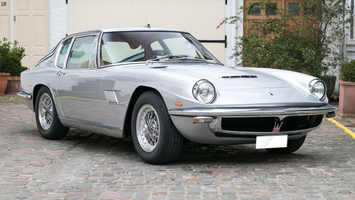 1965 Maserati Mistral 3.7 coupe: 242% growth