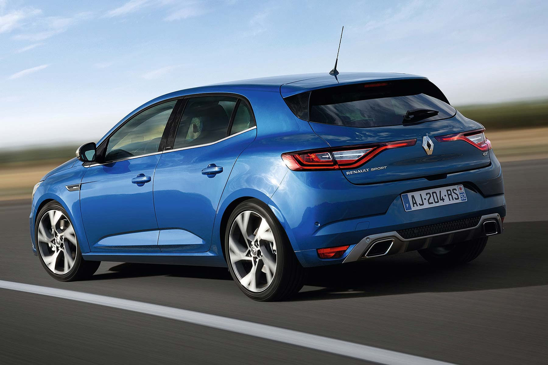 New Renault Megane Prices To Start From 16 600 Motoring Research