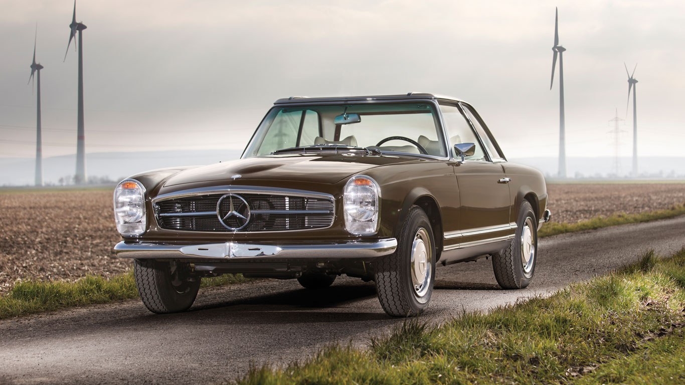 Mercedes-Benz 280 SL: €100,000 - €120,000 (£79,000 - £95,000)
