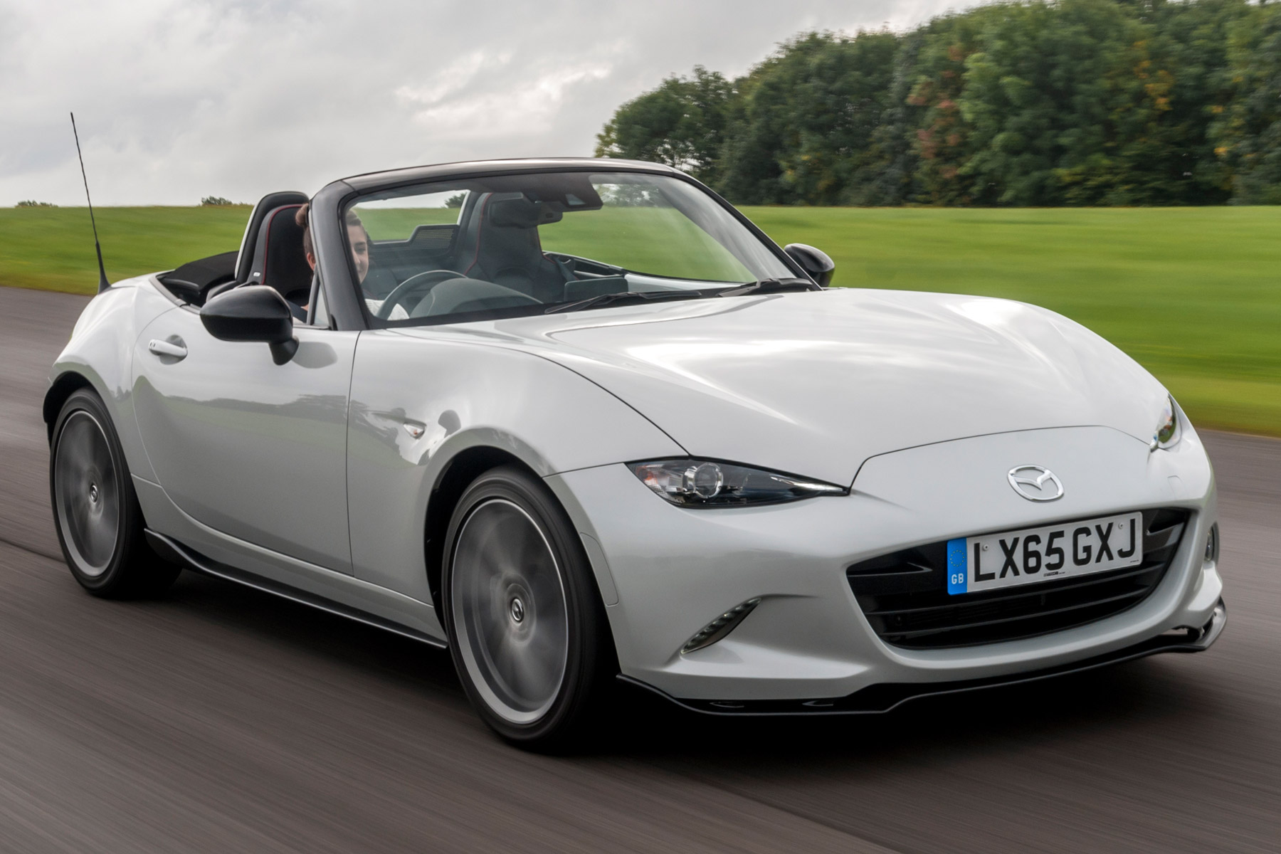 Mazda MX-5 Sport Recaro: Two-Minute Road Test