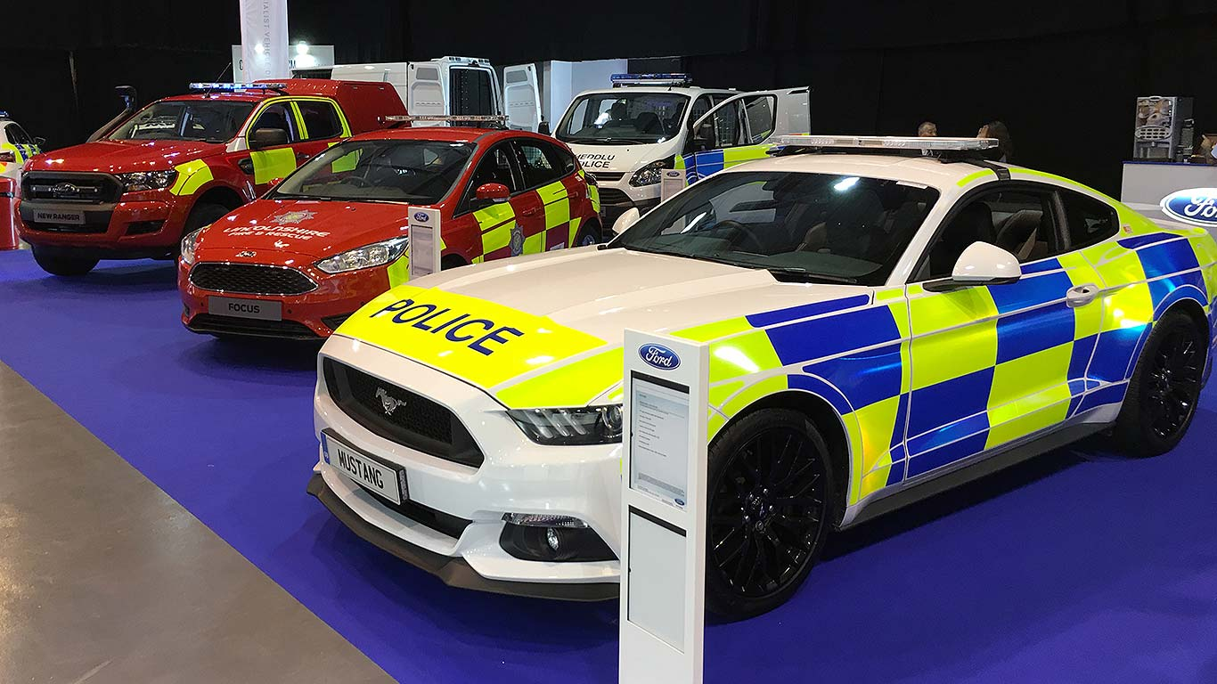 police ford mustang already being trialled by forces. Black Bedroom Furniture Sets. Home Design Ideas