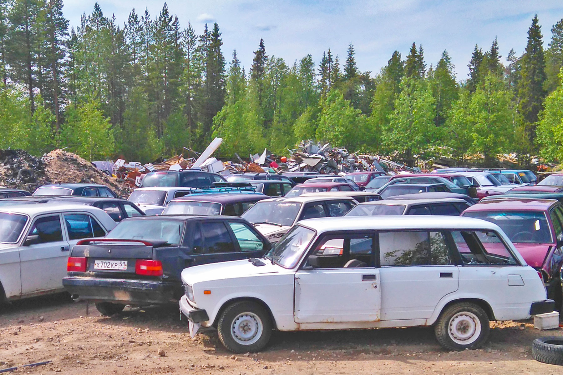Salla auction East European cars