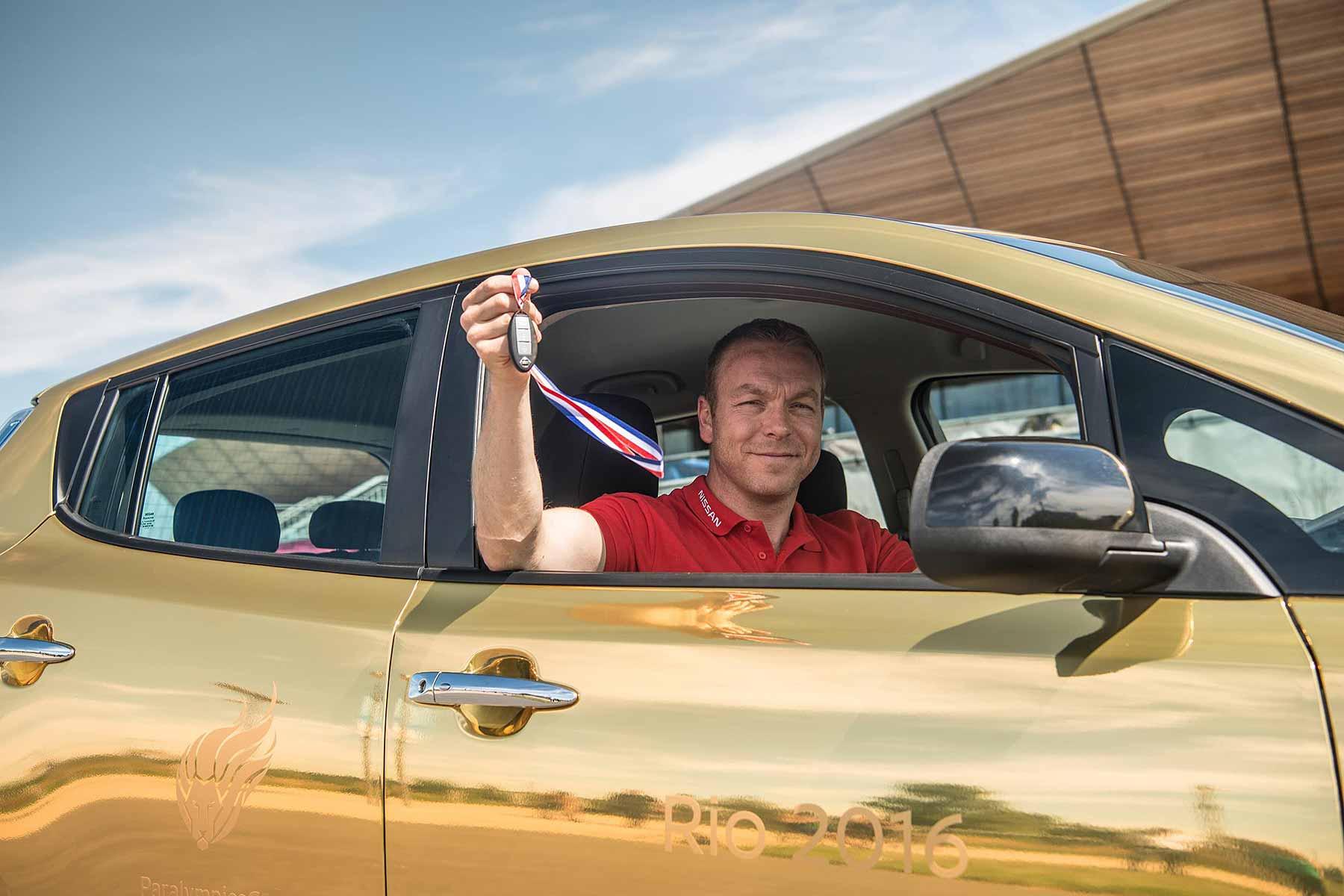 Nissan gold LEAF Sir Chris Hoy