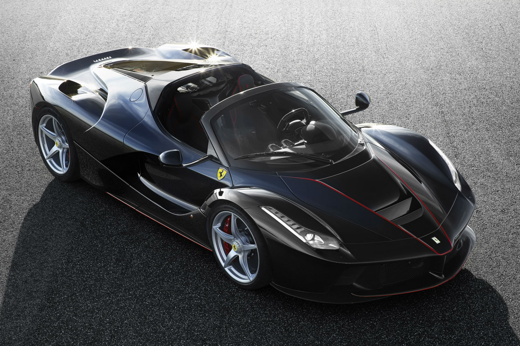 Official photos of open-top LaFerrari revealed: it's sold out already