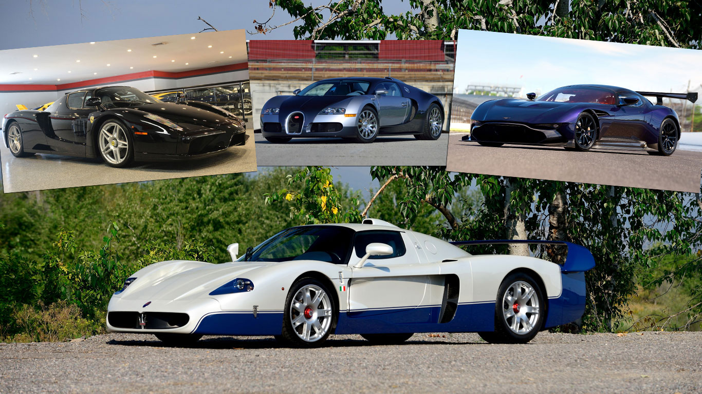 Supercar showdown at the Mecum Auctions Monterey sale