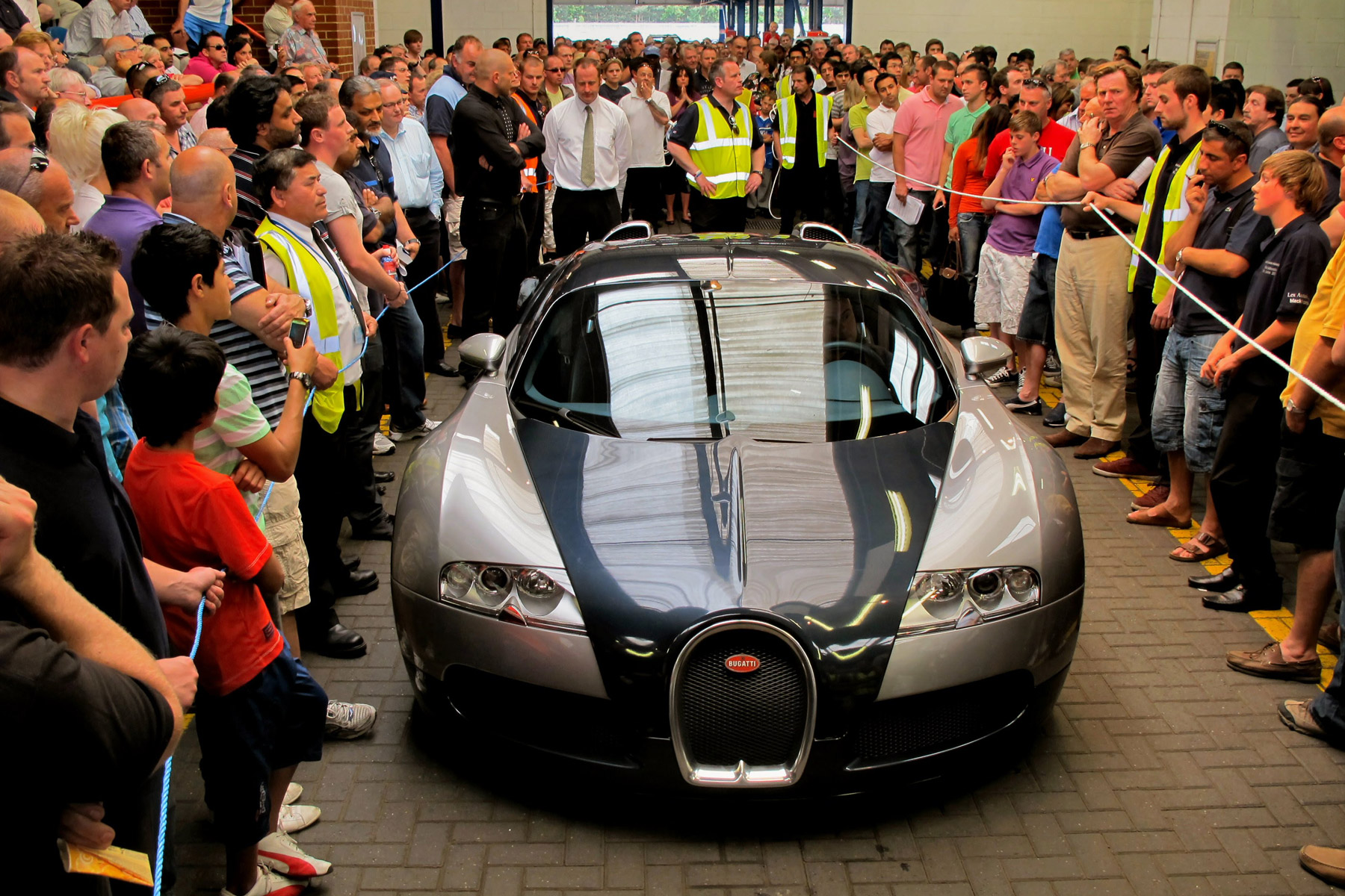 1: Bugatti Veyron