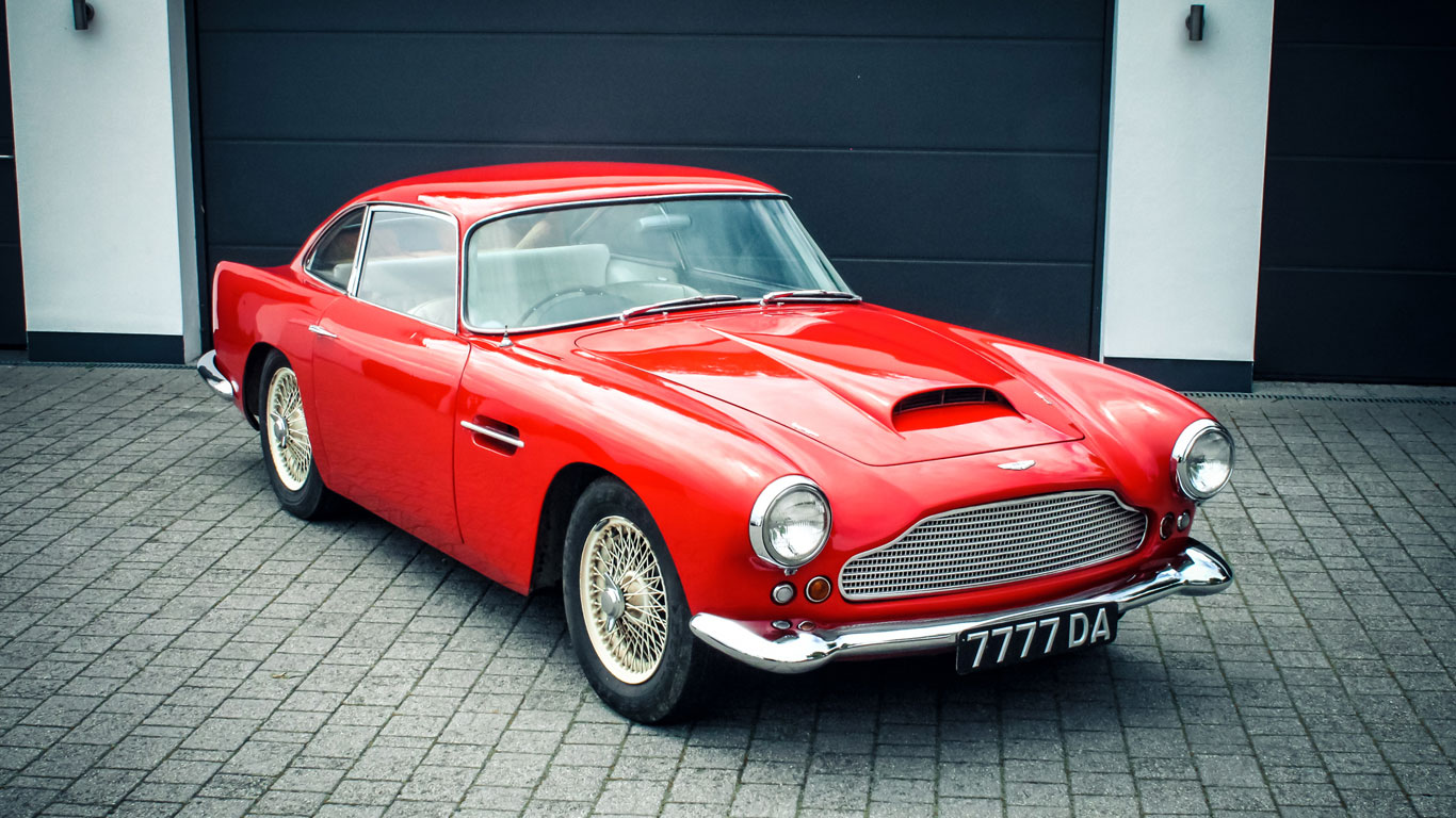 Aston Martin DB4 Series II: £275,000 - £325,000