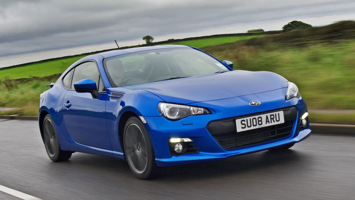 Stick it! The sports cars you can still buy with a manual gearbox