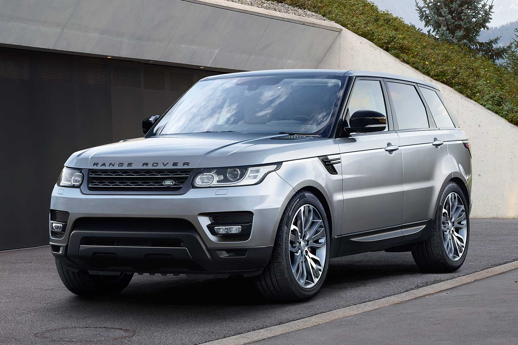 Range Rover Sport gets 2.0-litre sel for 2017 | Motoring Research
