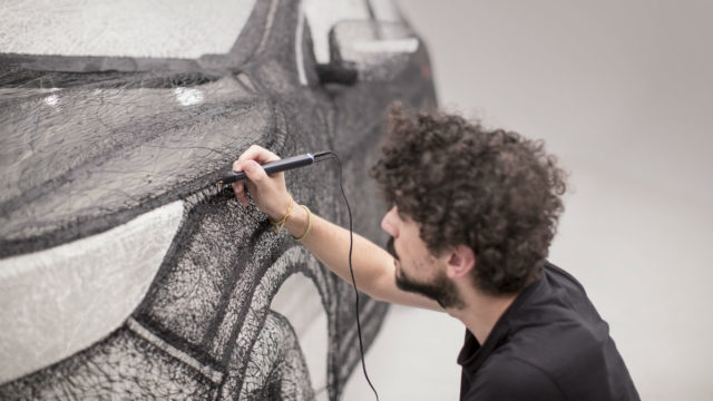 Qash converter: Nissan creates world's largest 3D pen sculture