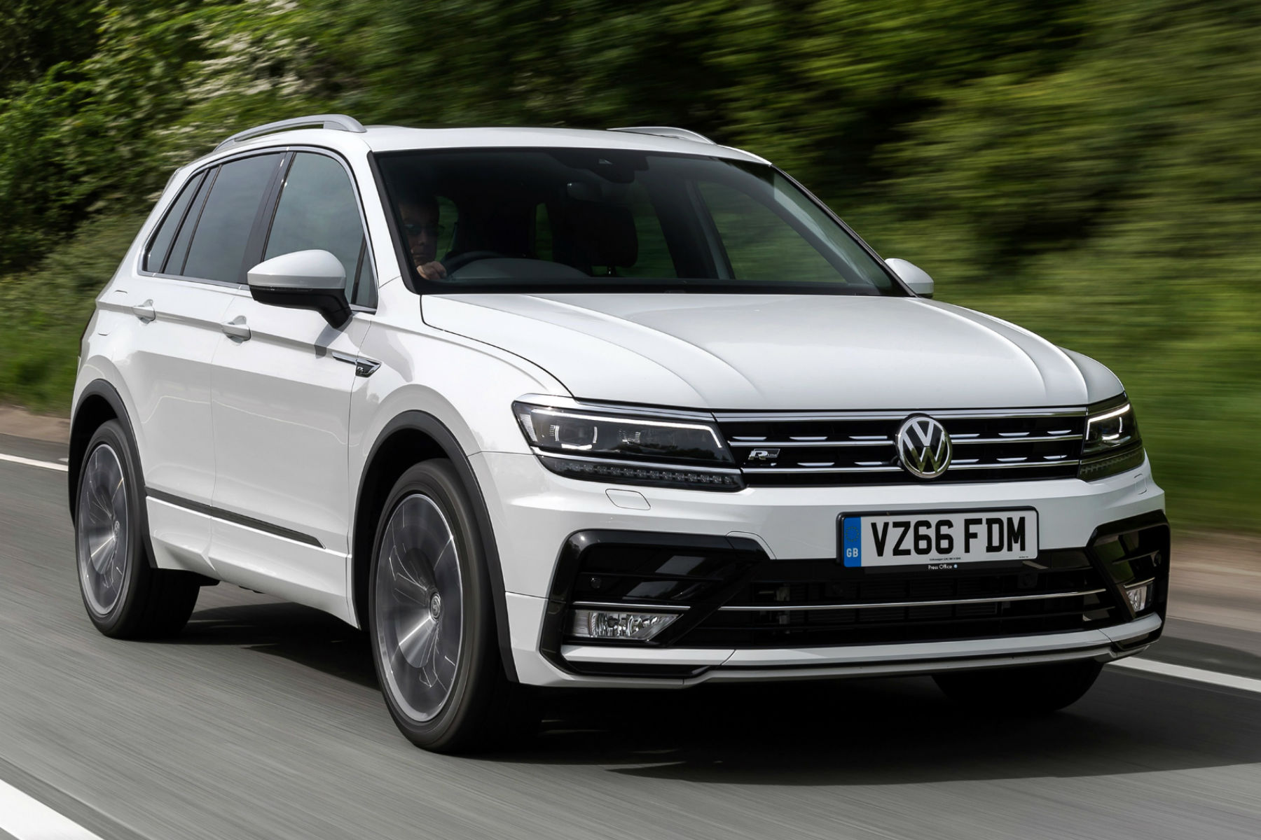 buy a new volkswagen tiguan for 229 a month motoring. Black Bedroom Furniture Sets. Home Design Ideas