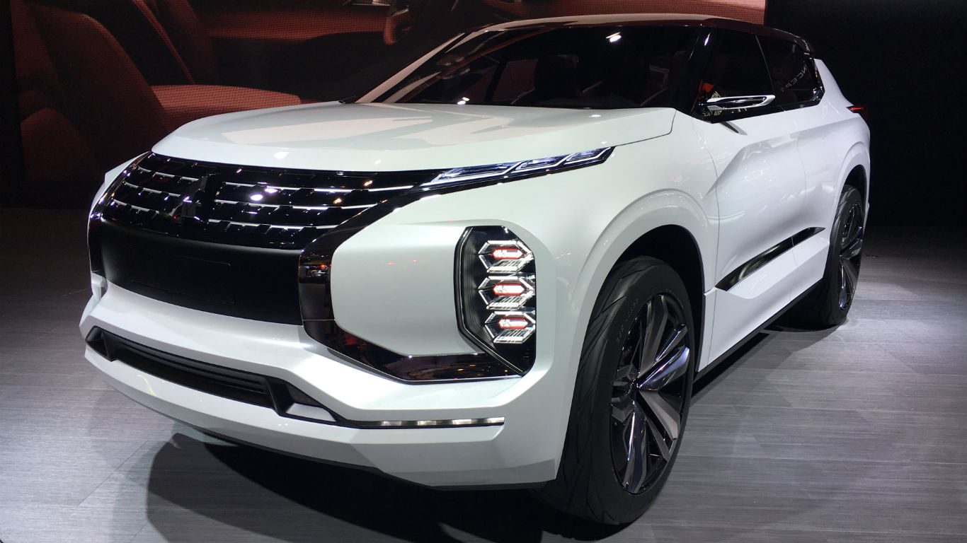 Mitsubishi GT-PHEV concept revealed at Paris Motor Show 2016