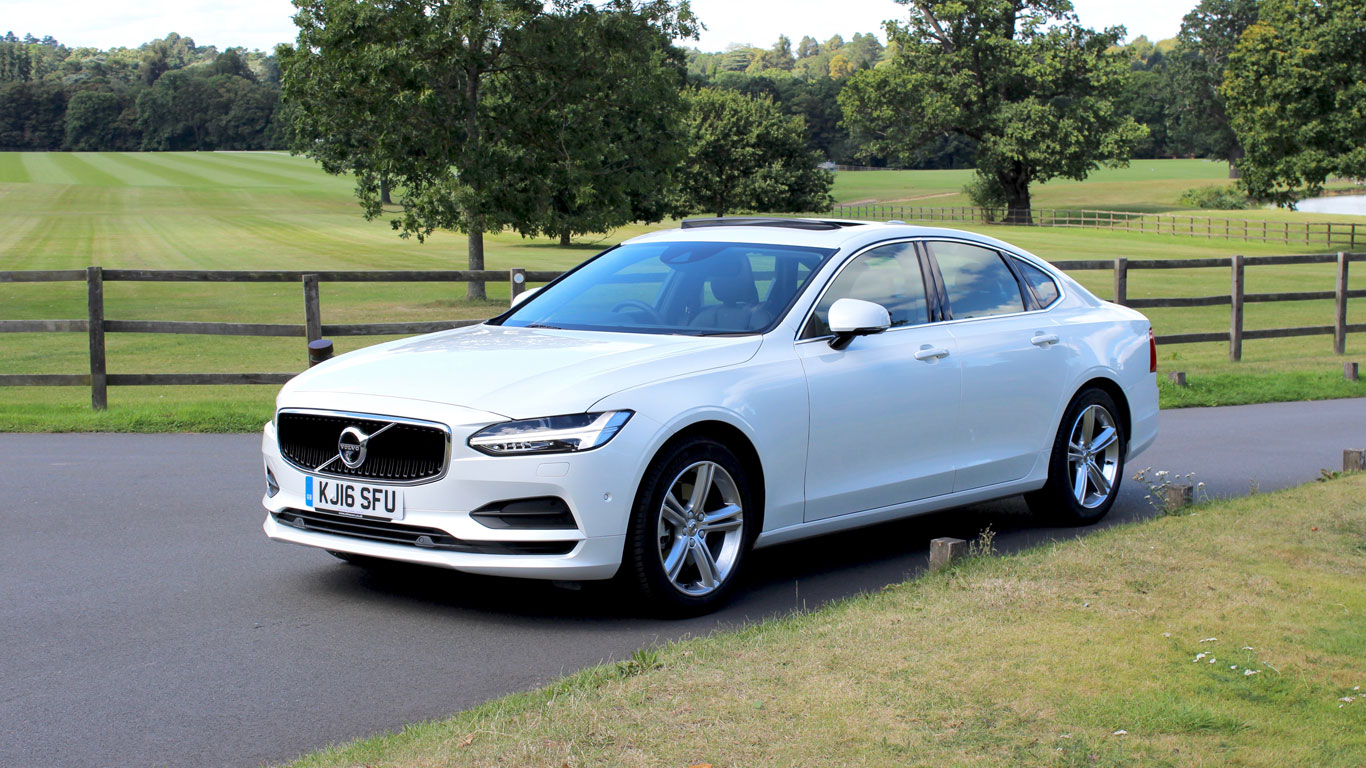 volvo s90 review should you buy one over a bmw 5 series. Black Bedroom Furniture Sets. Home Design Ideas
