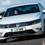 Volkswagen Passat GTE (2016) review: Two-Minute Road Test