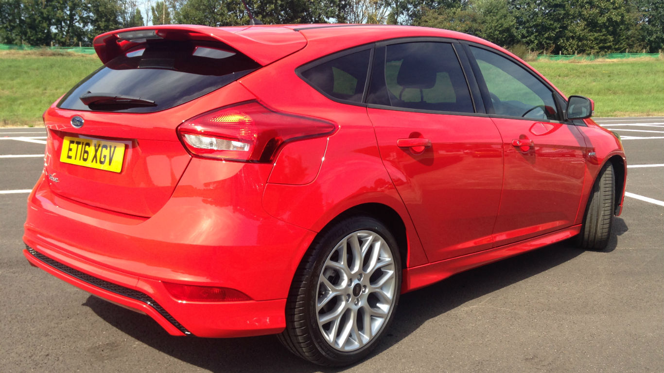 Ford Focus St Line Two Minute Road Test Motoring Research Off Light Wiring Diagram Prices And Deals