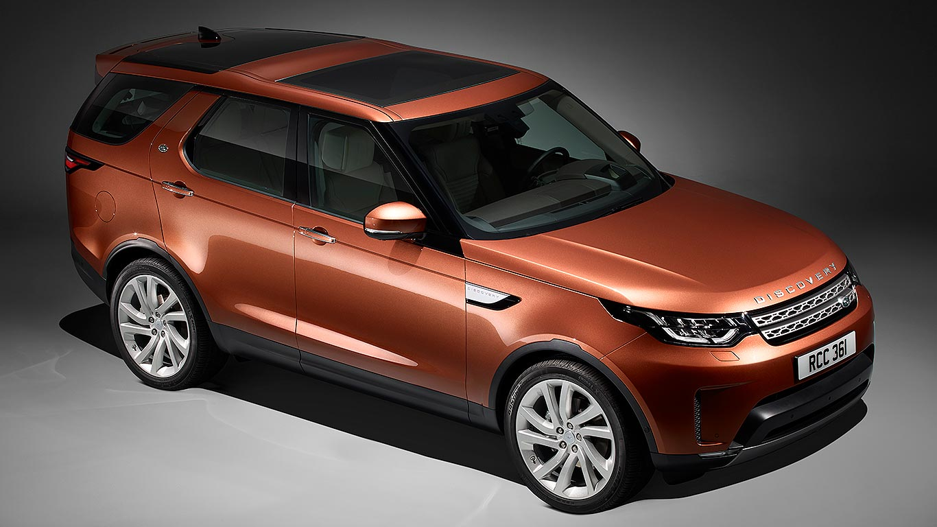 new 2017 land rover discovery revealed at last motoring research. Black Bedroom Furniture Sets. Home Design Ideas