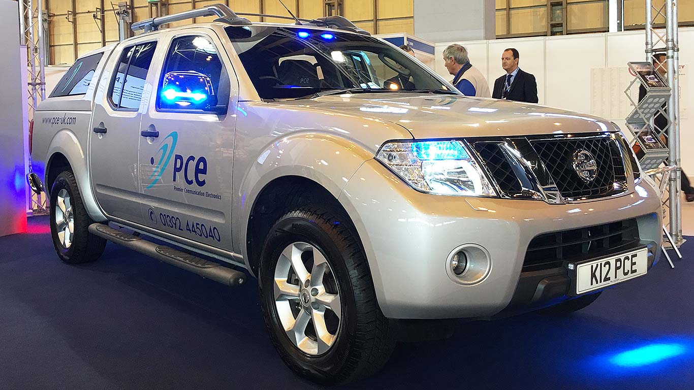 999 Emergency The Latest Cool Blue Light Motors Motoring Research