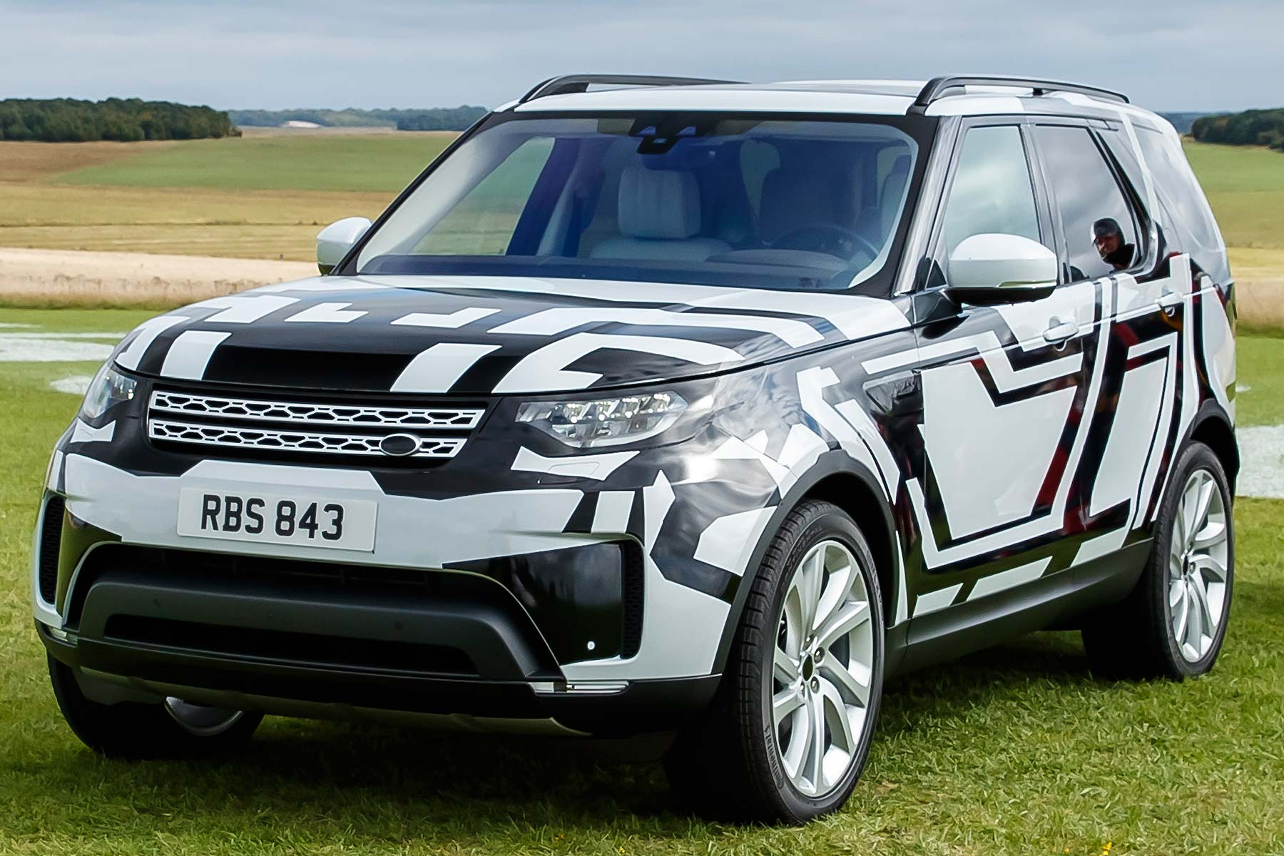 Land Rover Discovery Bear Grylls