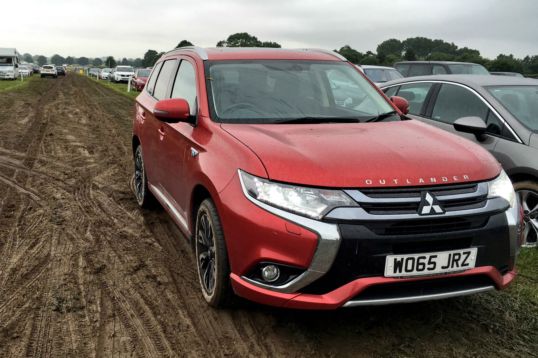 mitsubishi outlander phev 2016 long term review motoring research. Black Bedroom Furniture Sets. Home Design Ideas