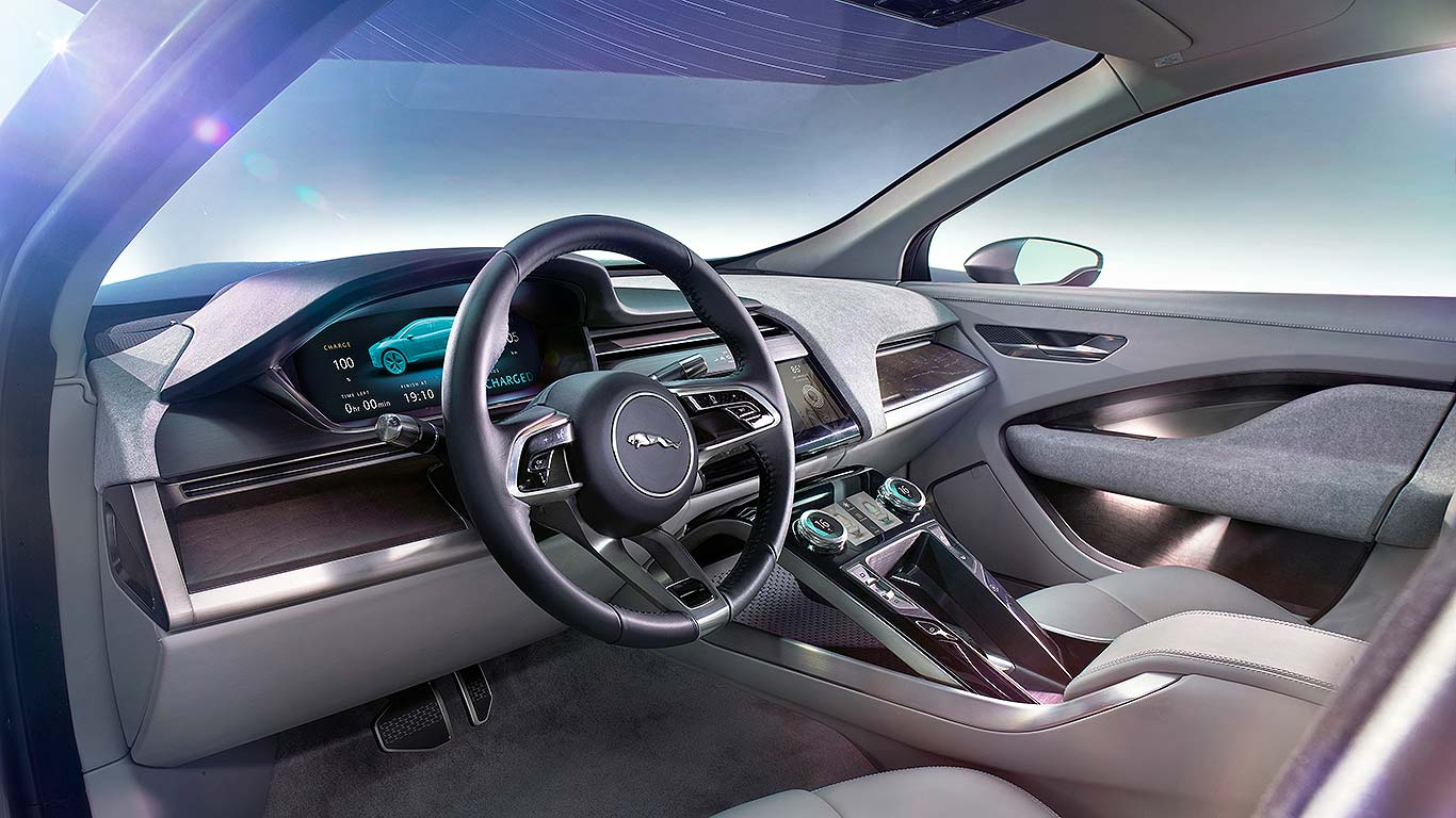 Jaguar driving gloves uk - Jaguar Says The I Pace Concept Launches Its New Flightdeck Interface For Driver Controls There S A Floating Centre Console Simple And Clear Displays