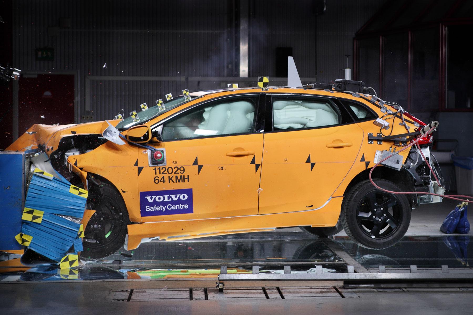 Volvo V40 euro ncap