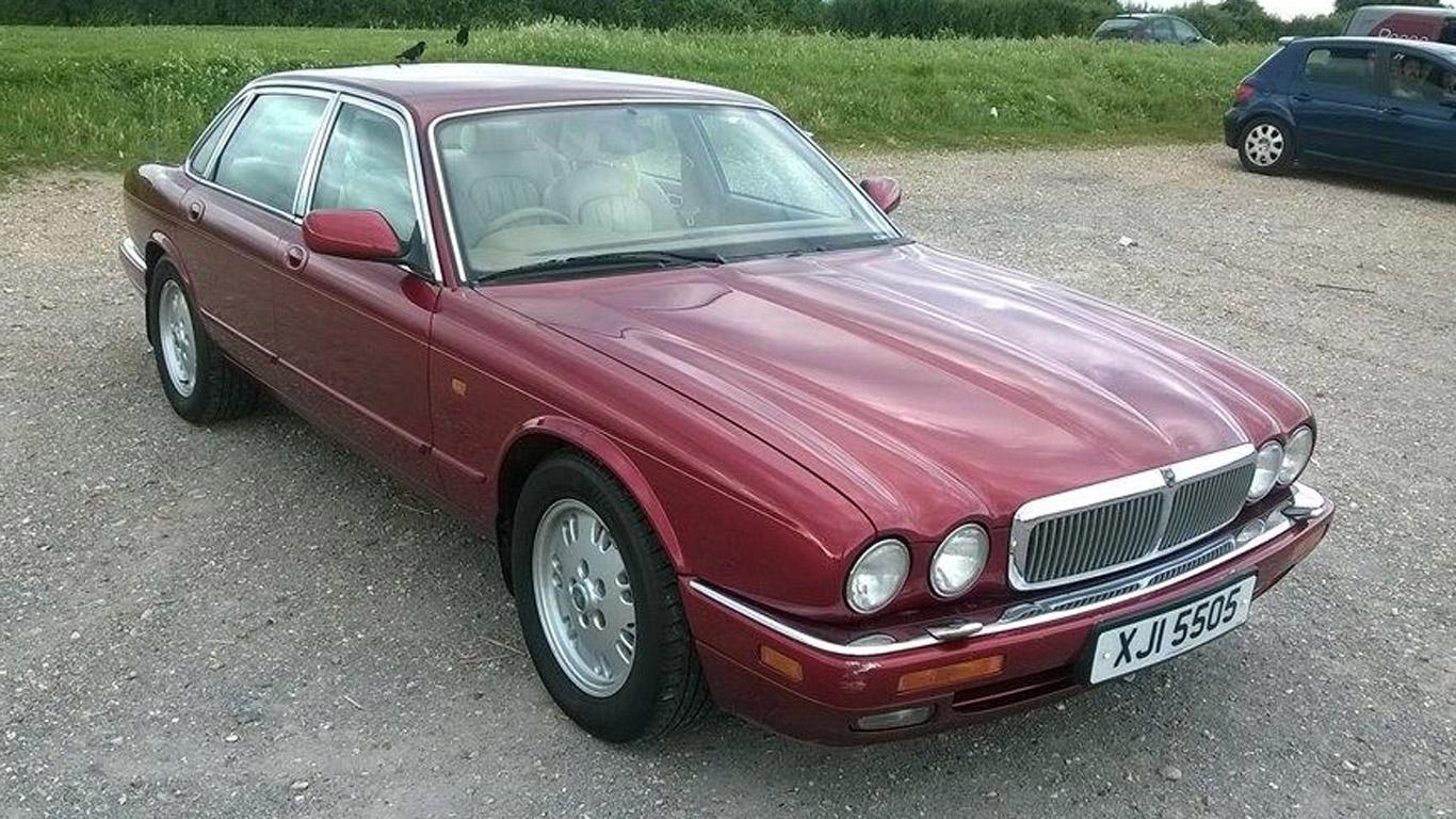 Jaguar XJ – £600