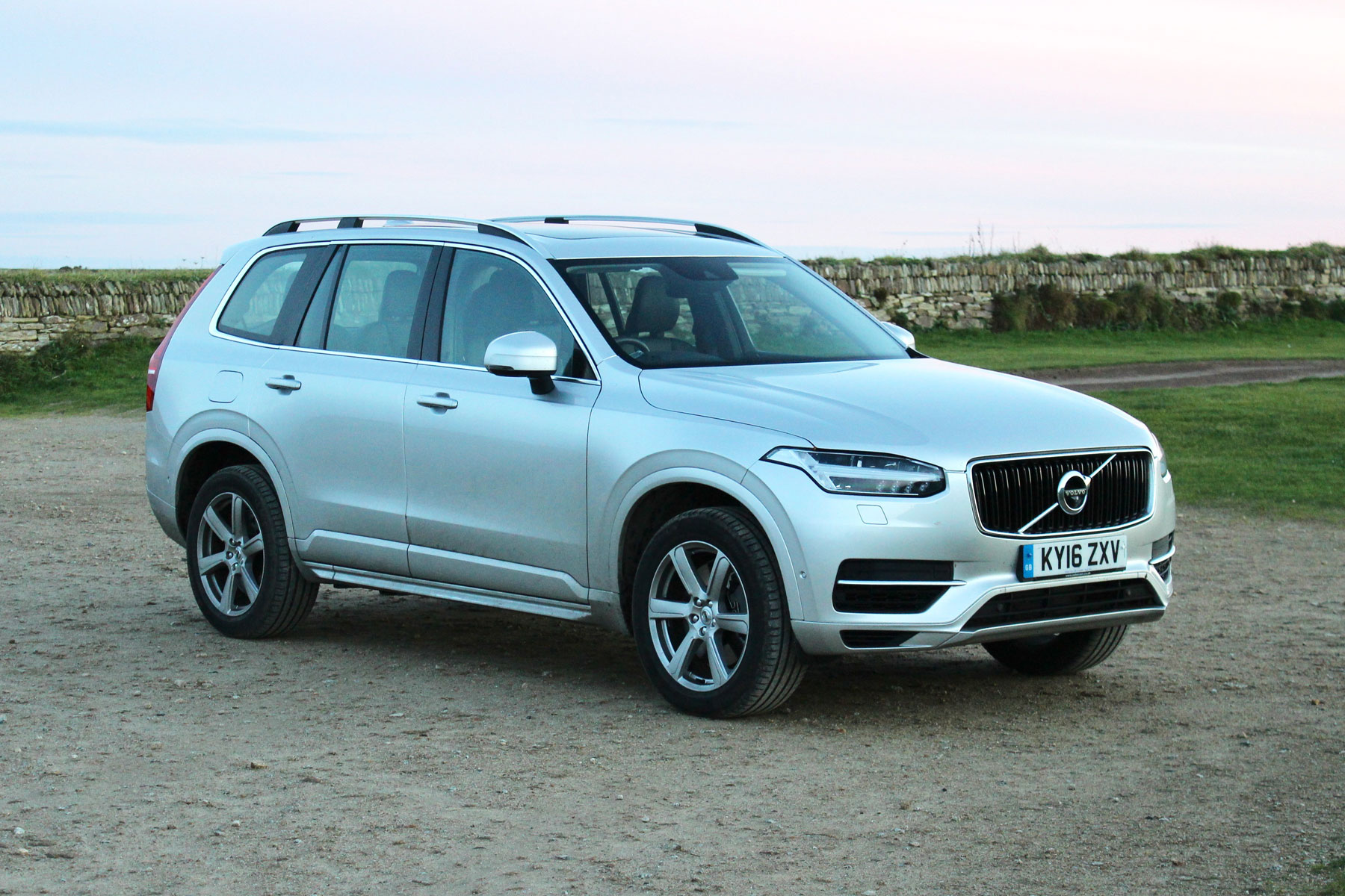 opinion the volvo xc90 t8 is brilliant but it 39 s ruined my christmas. Black Bedroom Furniture Sets. Home Design Ideas