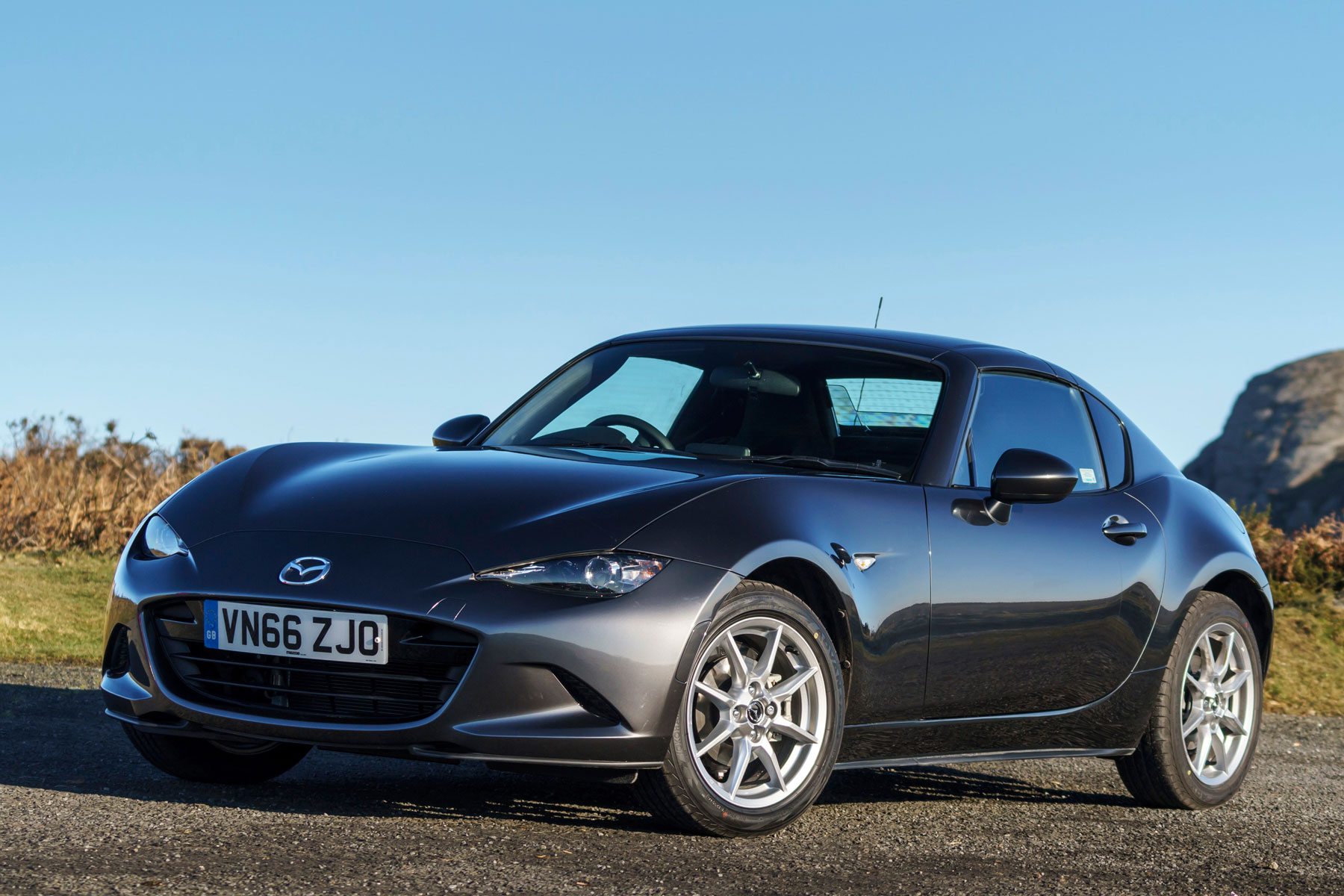 mazda mx 5 rf review notes from a first date motoring. Black Bedroom Furniture Sets. Home Design Ideas