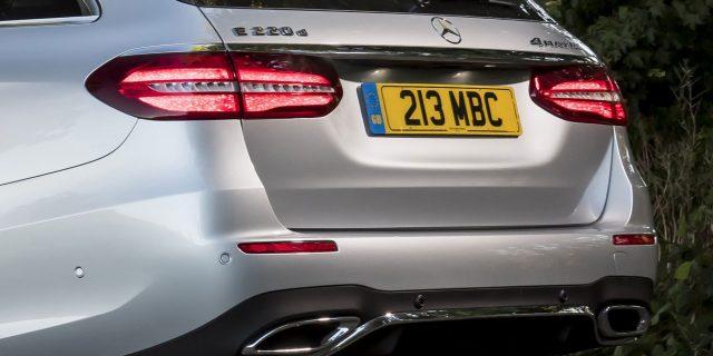 Mercedes-Benz awarded Porsche prize for its diesel engine