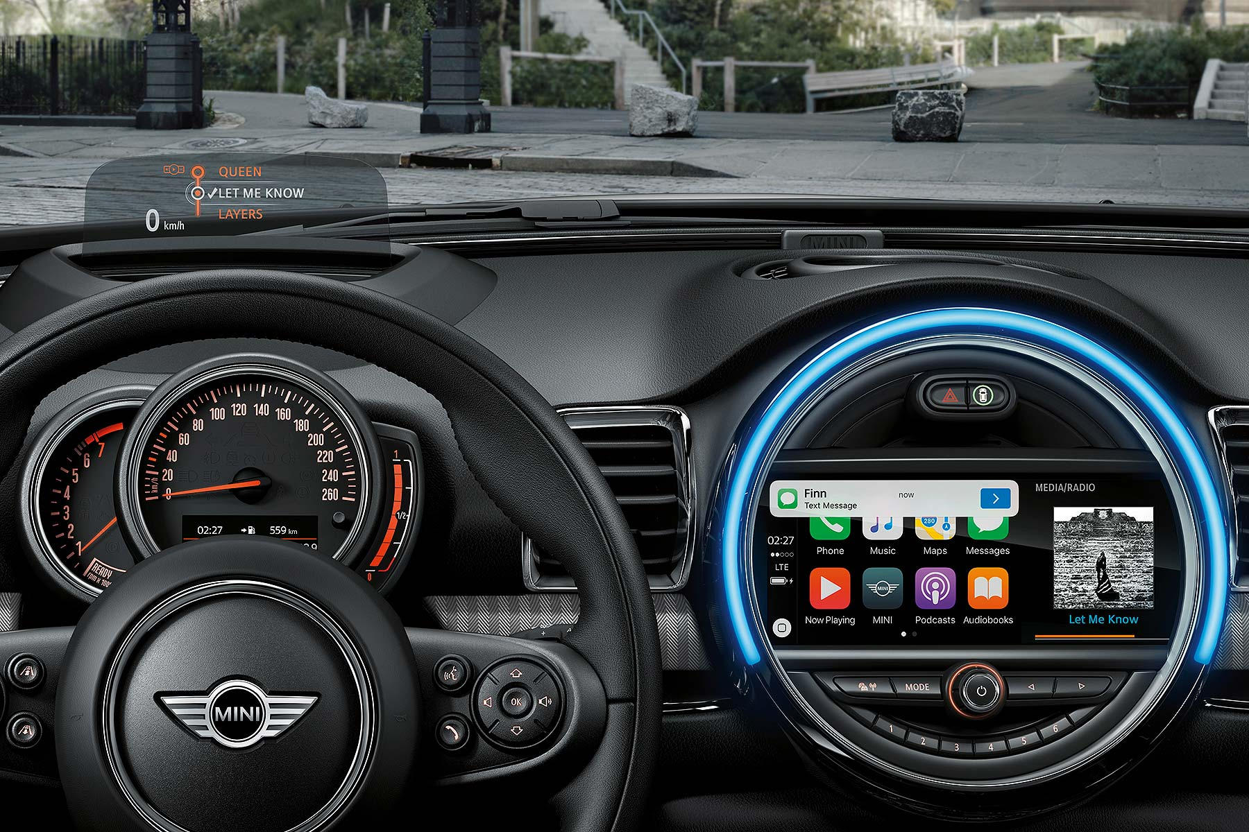 mini finally gets apple carplay for 2017 motoring research. Black Bedroom Furniture Sets. Home Design Ideas