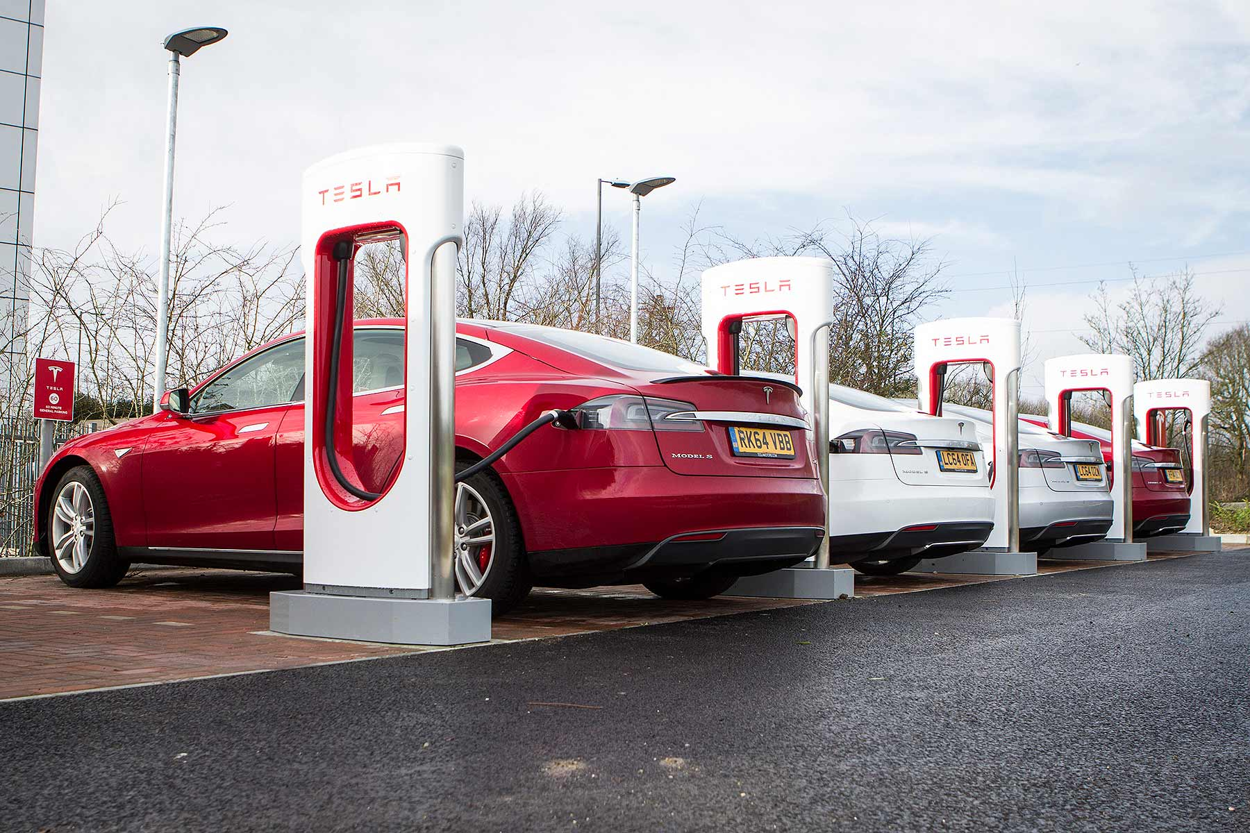 Tesla Supercharger line-up