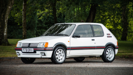 Silverstone_Classic auction