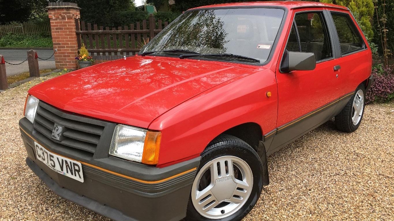 Vauxhall Nova SR: £16,000