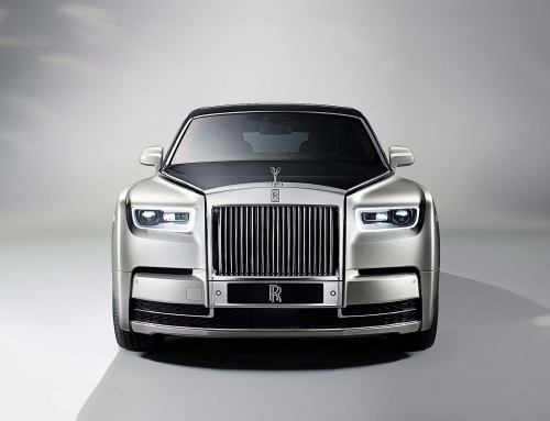 New Rolls-Royce Phantom first look video