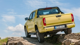 Posh Navara: Mercedes-Benz X-Class pick-up revealed