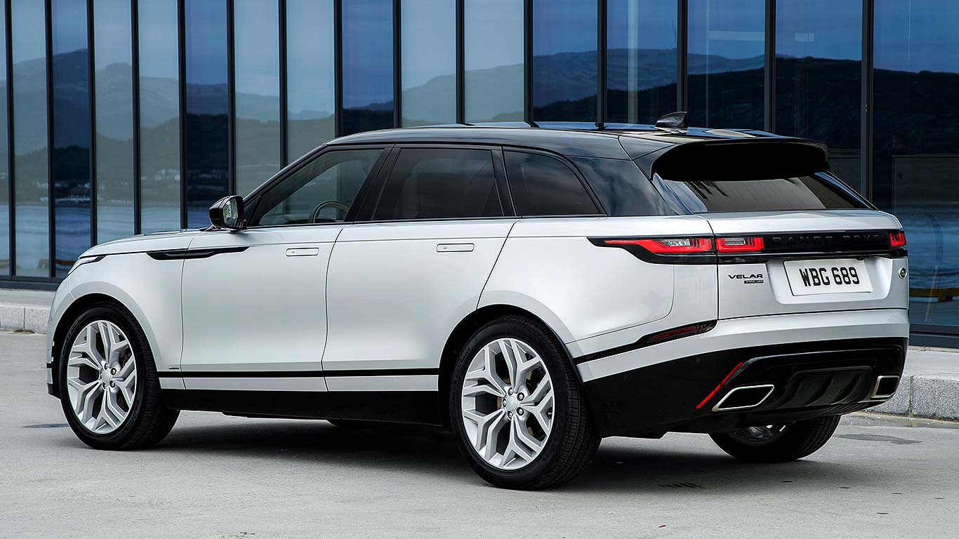 new range rover velar first drive motoring research. Black Bedroom Furniture Sets. Home Design Ideas