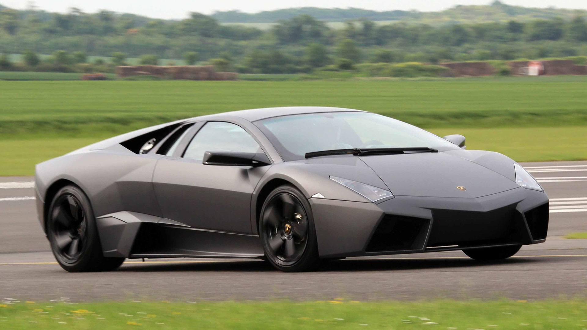 Lamborghini Reventon: 3.5 seconds