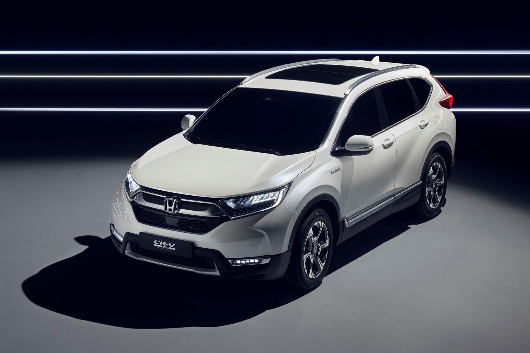 2018 Honda Cr V Ditches Sel And Embraces Hybrid Tech