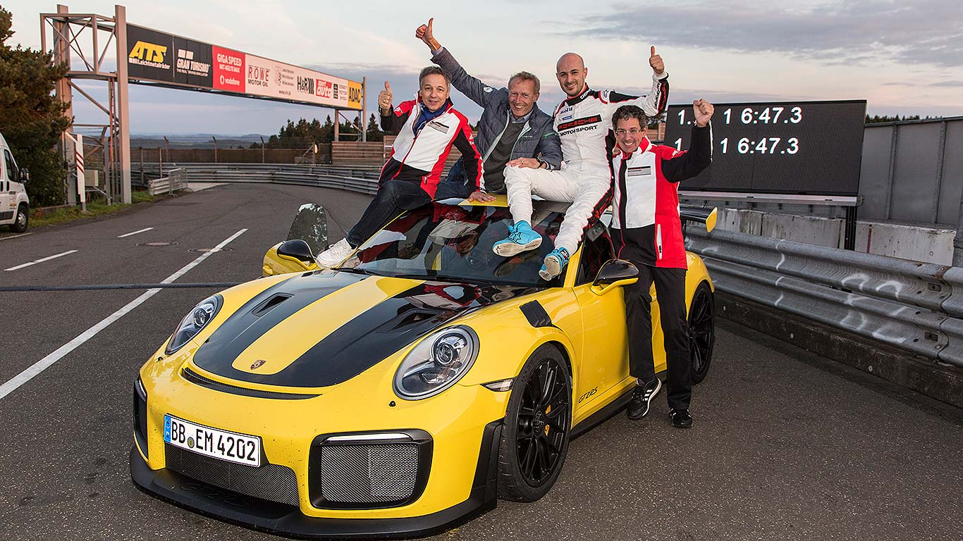 Porsche 911 Gt2 Rs Sets New 911 Nurburgring Lap Record Motoring Research